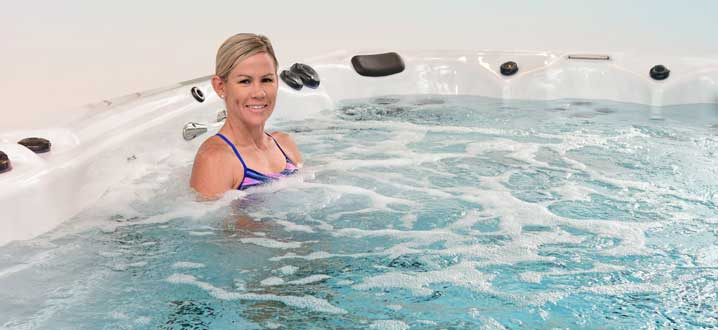 improve physical and mental health with aquatic therapy